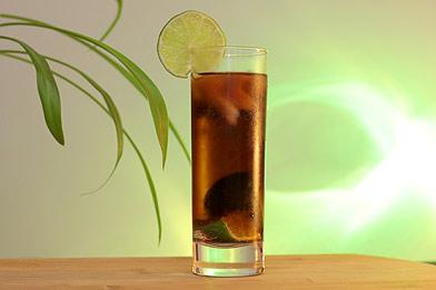 Voir la recette du cocktail Cuba Libre